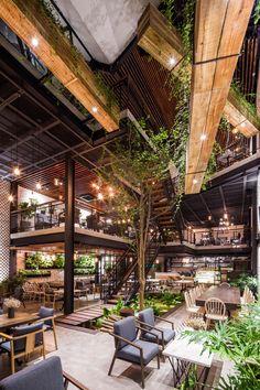 Galeria de Café An'garden / Le House - 14 - # café . - Galeria de Café An'garden / Le House – 14 – - Cafe Interior Design, Cafe Design, Interior Architecture, Garden Architecture, Cozy Cafe Interior, Bistro Interior, Wood Design, Design Exterior, Interior And Exterior