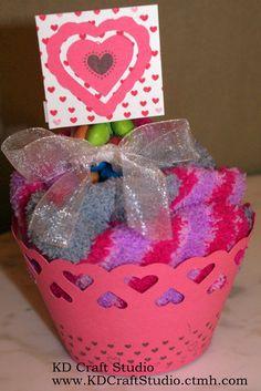 KD Craft Studio: Divas Blog Hop - Whooo's Your Valentine