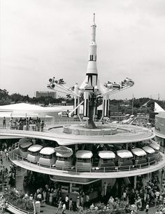 Vintage Disney Parks= these rockets are no longer there