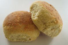 Hvedeknopper - glutenfri og low carb. Opskriften er velegnet til dig, der lever efter low carb eller LCHF-principperne.