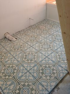 What a lovely encaustic cement floor our client chose for her guest bath! This is the Capri pattern from Veranda Tile, an in-stock item.