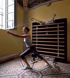 Kinesis Personal Heritage by TechnoGym, what a toy for personal training at home. It looks comparatively simple from ordinary training machine, but you can't imagine that you can do more than 200 different exercises with it!!