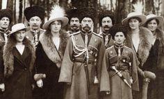 Dit is de familie Romanov die vroeger over Rusland regeerde.