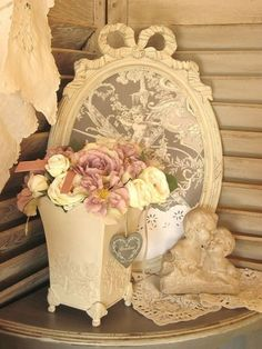 Shabby Cottage Chic ❤ White Lovely Table or Shelf Vignette Shabby Chic Bedrooms, Shabby Chic Cottage, Vintage Shabby Chic, Shabby Chic Homes, Shabby Chic Furniture, Vintage Decor, Vintage Lace, Estilo Shabby Chic, Shabby Chic Style