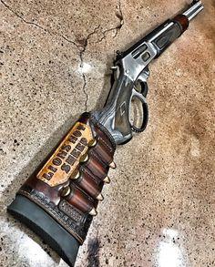 The Dino Gun ⚠️☠. Weapons Guns, Guns And Ammo, Arsenal, Weapon Storage, Lever Action Rifles, Hunting Rifles, Deer Hunting, Cool Guns, Firearms