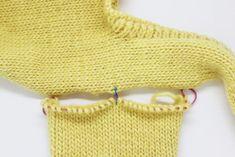 How to sew sleeves with open stitches - Amigurumi Crochet Bikini, Knit Crochet, Cast Off, Last Stitch, Blazers For Women, Women Blazer, Bikini Models, Elegant Woman, Baby Knitting
