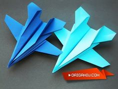 The plane of the paper - fast fighter - дети - origami Origami Plane, Instruções Origami, Origami Butterfly, Paper Crafts Origami, Paper Games For Kids, Paper Crafts For Kids, Dinosaur Origami, Colourful Wallpaper Iphone, Recycled Paper Crafts