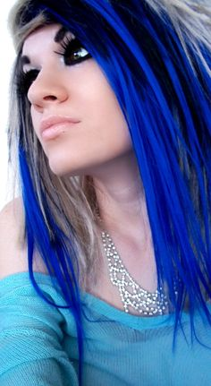 If my job allowed it, I would sooo have this hair in a heartbeat...lol...  So far I've gotten away w/ magenta, purple, and red streaks...  NEED blue next!!! :)