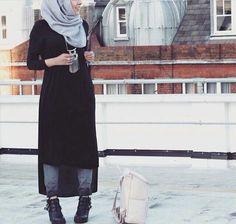 Black# hijab# ready to wear Stylish Hijab, Casual Hijab Outfit, Hijab Chic, Hijab Dress, Islamic Fashion, Muslim Fashion, Modest Fashion, Girl Fashion, Modest Wear