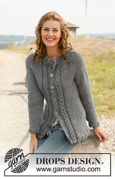 "Knitted DROPS jacket in stockinette st with cables and round yoke in ""Andes"" or ""Eskimo"". Size: S - XXXL. ~ DROPS Design"