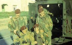British Army, Northern Ireland, Irish, Bra, History, Painting, Brassiere, Historia, Irish Language