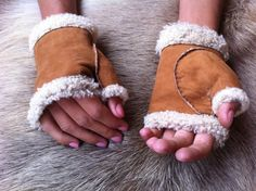This is something special, these are luxury gloves for manufacturer price.These…