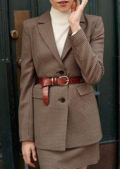 Stylish 49 Delightful Fall Outfits Ideas With Blazer That Looks Elegant Looks Street Style, Looks Style, Blazer Fashion, Fashion Outfits, Womens Fashion, Tomboy Outfits, Cheap Fashion, Blazer Outfits, Blazer Dress