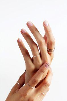 Le Fashion Blog -- Nail Inspiration: Minimal Glitter