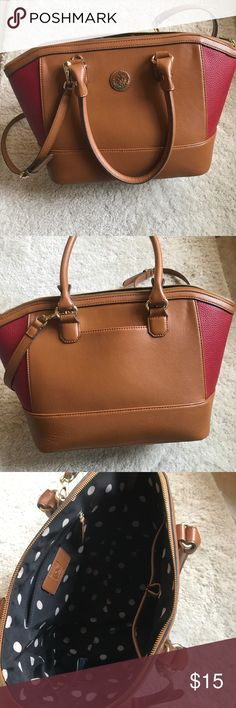 Ann Klein Handbag Pre-loved Anne Klein handbag! Minimal signs of wear. A few little marks (pictures) but otherwise great condition! Anne Klein Bags