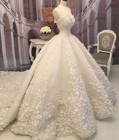 Wedding dress - No HeeByeol Umm Uways Wedding dress Wedding dress Princess Wedding Dresses, Dream Wedding Dresses, Bridal Dresses, Wedding Gowns, Wedding Hijab, Princess Outfits, Modest Wedding, Pretty Dresses, Beautiful Dresses
