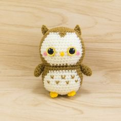 Ollie the Owl amigurumi pattern by Snacksies Handicraft Corner
