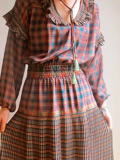 Diane Freis Plaid Winter Dress from Melbourne's iheartvintage69 is perfect for trans-seasonal dressing.