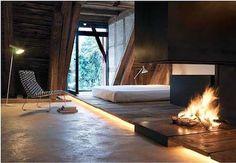 Penthouse in der Vorstadt 14.....very neat/unique room & fireplace