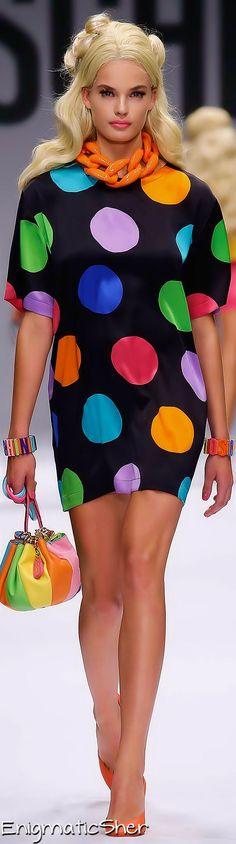 Moschino Spring 2015 Ready-to-Wear www.ilmondoèmio.it