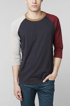 Kinds of Urban Look T-shirt Street Style Vintage, Patron T Shirt, Urban Outfitters Men, Raglan T-shirt, Looks Style, My Style, Urban Fashion, Mens Fashion, Look T Shirt