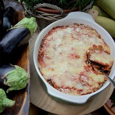 EGGPLANT PARMIGIANA - Enjoyed throughout Italy, it is the fresh Basil used in this recipe that confers it a typically Tuscan flavor.