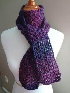 Free crochet pattern...Blueberry Pie Scarf!