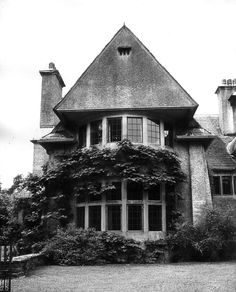 NORNEY GRANGE. 1897 Shackleford, Surrey. For the Reverend Leighton Grane. Additions and alteration to house, new stable, second lodge in 1903. The house was restored by Jack Warshaw.The walls are roughcast, the windows mostly have stone dressings and the roofs are covered with green slates.