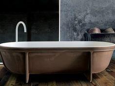 Freistehende Badewanne aus Cristalplant® Kollektion Controstampo by FALPER | Design Vittorio Venezia, Dario Gaudio