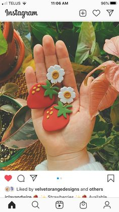 Cute Polymer Clay, Polymer Clay Miniatures, Fimo Clay, Polymer Clay Projects, Polymer Clay Jewelry, Cute Clay, Diy Gifts To Sell, Diy Clay Earrings, Handmade Jewelry Designs