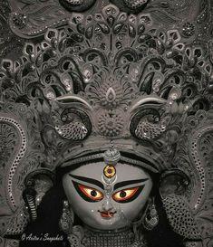 Maa Durga Image, Durga Maa, Saraswati Goddess, Goddess Art, Durga Puja Kolkata, Hindu Worship, Durga Painting, Baby Ganesha, Hindu Statues