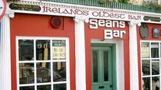 Sean's Bar Athlone is Ireland's oldest bar. Traditional bar with a great atmosphere and Irish music. Located on Athlone's quaint left bank area & just a 5 minute walk from The Shamrock Lodge Hotel. Dublin, Ireland Pubs, Hotel Breaks, Music Garden, Unbelievable Facts, Amazing Facts, Interesting Facts, Old Bar, Wtf Fun Facts