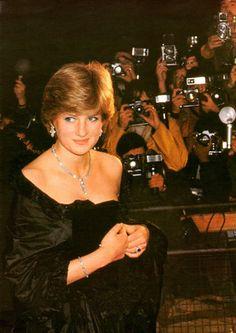 diana and dodi last hours - Princess Diana Photo (18767864) - Fanpop Princess Diana Photos, Princess Diana Fashion, Princess Diana Family, Princes Diana, Prince And Princess, Princess Of Wales, Real Princess, Prince Harry, Charles And Diana
