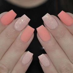 All you have to consider is choosing colors that are suitable for each other to coordinate with the nails. It is possible to even paint each nail differently if you want. Bright pink nails are not the only choice to look elegant and sweet. Peach Colored Nails, Bright Pink Nails, Coral Nails, Peach Nails, Gradient Nails, Acrylic Nails, Glitter Nails, Sparkle Nails, Stiletto Nails