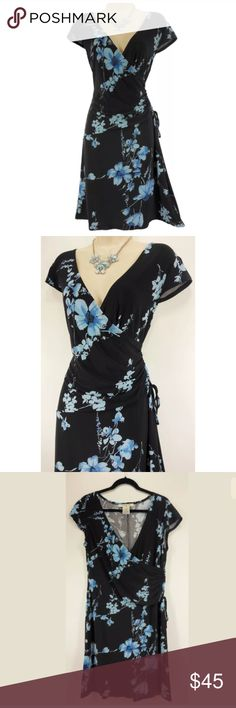 "14 Large XL BLUE FLORAL FAUX-WRAP DRESS Summer This sexy, pretty floral faux-wrap dress is perfect for day or evening!   Size: 14 Slip on/off Surplice neckline Flattering, ruched, faux-wrap style (w/attached tie) Stretchy, comfortable fabric Gorgeous blue floral print Measurements:    Bust (armpit to armpit):  42"" relaxed - stretches to 51"" Waist: 34"" relaxed - stretches to 49"" Hips:  43"" relaxed Length: 39"" (top of shoulder to bottom hem)  Condition:  PRISTINE CONDITION! Fabric Content: 95%…"