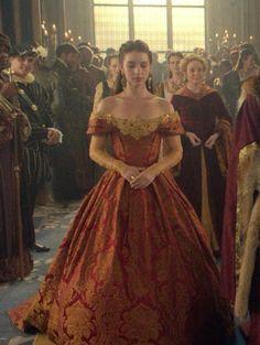Reign Dresses, Royal Dresses, Ball Dresses, Ball Gowns, Mary Stuart, Queen Aesthetic, Princess Aesthetic, Queen Mary Reign, Mary Queen Of Scots