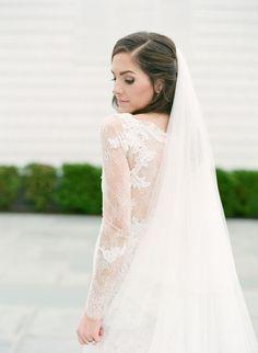 elegant long sleeve lace wedding dress