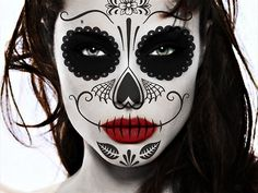 Find images and videos about sugar skull face painting on We Heart It - the app to get lost in what you love. Skull Face Paint, Sugar Skull Face, Sugar Skull Makeup, Sugar Skulls, Sugar Lips, Halloween Skull, Halloween Face Makeup, Diy Halloween, Fantasy Makeup