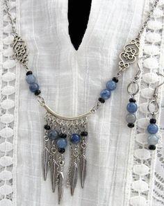 Feather Charm Necklace Beautiful Boho inspired long necklace with gorgeous feather charms! Boho Necklace, Boho Jewelry, Pendant Jewelry, Turquoise Necklace, Beaded Jewelry, Jewelry Necklaces, Women Jewelry, Beaded Bracelets, Jewellery Box
