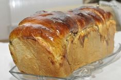 Romanian Desserts, Romanian Food, Swiss Meringue Buttercream, Pan Dulce, Pain, Banana Bread, Bakery, Deserts, Dessert Recipes