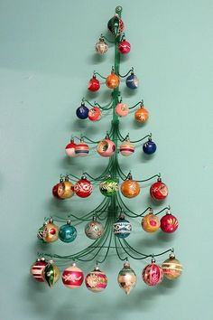 Vintage Christmas :: Mid Century Modern Christmas Decoration Collection :: MCM Ornament display :: Super Cute!! Love this!!