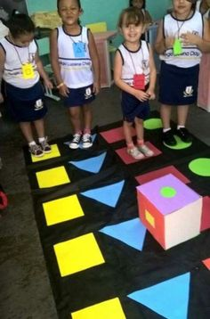 Fun and engaging way to learning shapes. Use gross motor skills to hop and jump as the shapes are rolled and see which shape wins. Gross Motor Activities, Gross Motor Skills, Preschool Classroom, Preschool Learning, Kindergarten Math, Classroom Activities, Learning Activities, Toddler Activities, Preschool Activities