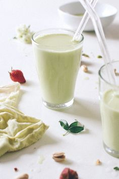 Orange Blossom Pistachio Milk: I actually gasped when I took my first sip of this homemade nut milk. Infused with cardamom, vanilla bean, and honey. Recipe and more here http://www.kaleandcaramel.com/orange-blossom-pistachio-milk.