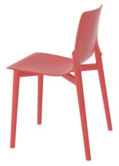 Chaise en bois (Alias)