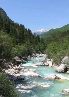 Soca River, Slovenia - www.anti-statusquo.com