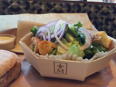 McArthurs Cafe and Bakery serving every order on a Panibois Crate and using our octopuce mold for their salads. Poplar trays and wooden molds are 100% biodegradable and washable. Perfect for serving in cafes, bakery's and hotels.