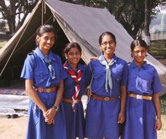 Guides and Scouts around the world celebrate World Thinking Day every year on 22 February! Girl Scout Uniform, Girl Scout Leader, Daisy Girl Scouts, Boy Scouts, Guides Uniform, Gs World, World Thinking Day, Brownie Girl Scouts, Day Camp