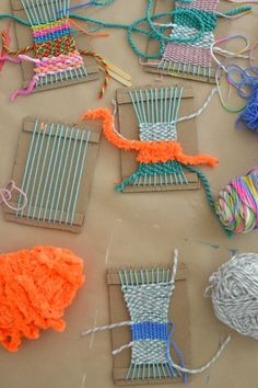 make it: weaving with kids - Small for Big diy weaving craft project for kids - yarn crafts Want excellent tips and hints concerning arts and crafts? Head to this fantastic website! Weaving Projects, Craft Projects For Kids, Fun Crafts For Kids, Diy For Kids, Yarn Crafts Kids, Craft Ideas, Easy Crafts, Art Projects, Arts And Crafts For Teens