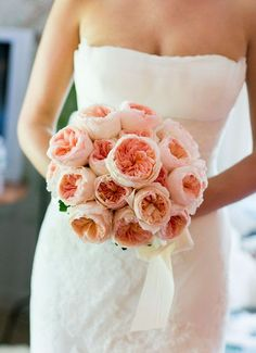 Pink wedding bouquet of David Austin Juliet roses; a great alternative for peonies.
