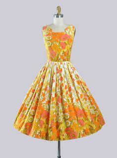 Vintage 50s Sundress / 1950s BORDER PRINT by GeronimoVintage